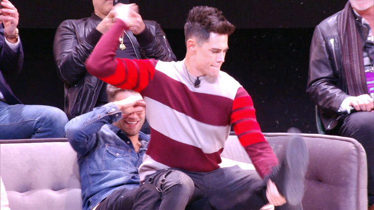 Tom Sandoval Gives Tom Schwartz a Lap Dance at BravoCon 2019
