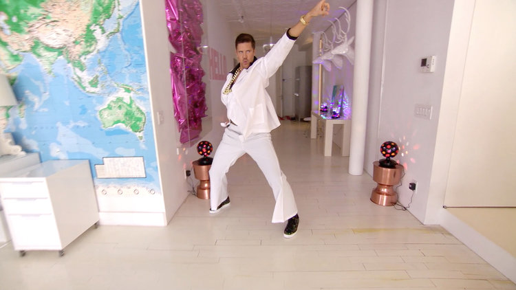 Fredrik Eklund's Listing Is Staying Alive, Staying Alive!