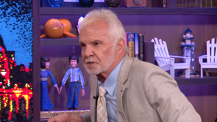 A Fed up Captain Lee Storms Off Set