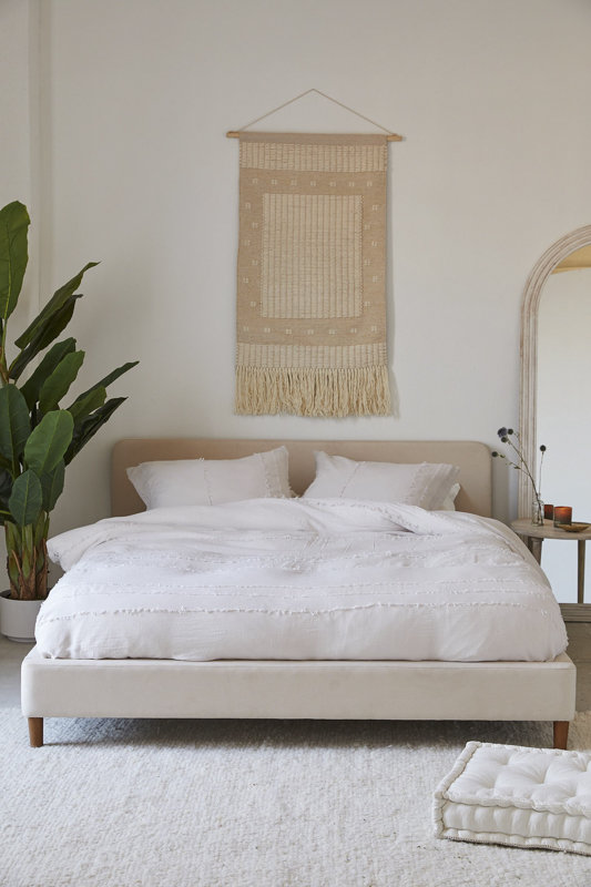 Best Platform Beds You Can Buy For Minimalist Bedroom Style Living