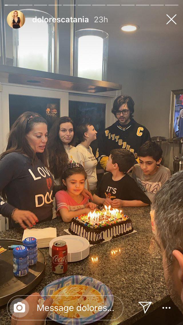Astonishing See Dolores Catanias 49Th Birthday Cake Style Living Funny Birthday Cards Online Ioscodamsfinfo