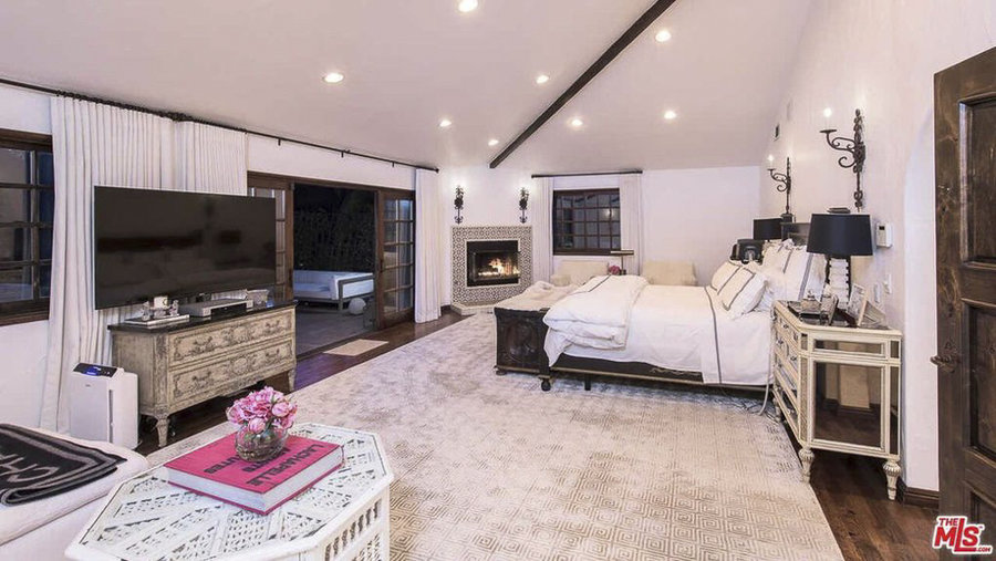 faye resnick interior design website