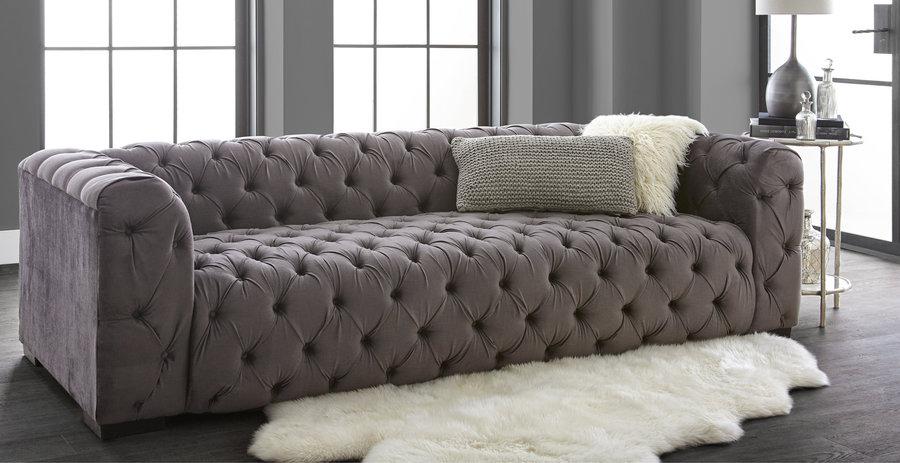 Sensational Bachelor Couple Sean Catherine Lowes New Furniture Line Dailytribune Chair Design For Home Dailytribuneorg