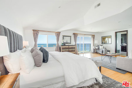 J-Lo and A-Rod's new Malibu bedroom