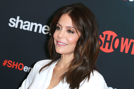bethenny frankel red carpet photo