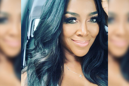 Kenya Moore S Natural Hair Texture Without Relaxer Chemicals Lookbook