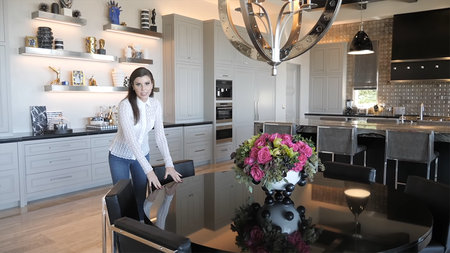 Heather Dubrow dining table