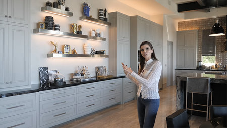 Heather Dubrow Shelves