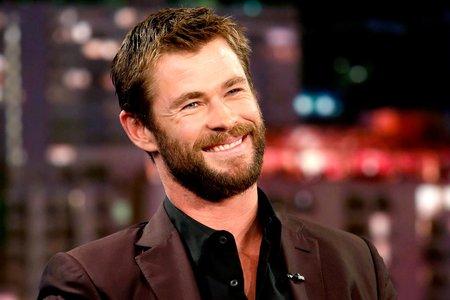 Chris Hemsworth's Vegan Diet to Get Muscled Avengers Bod ...