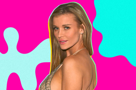 Joanna Krupa Shows Off Her Bare Baby Bump