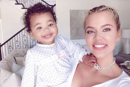 Khloe Kardashian baby True Thompson pic