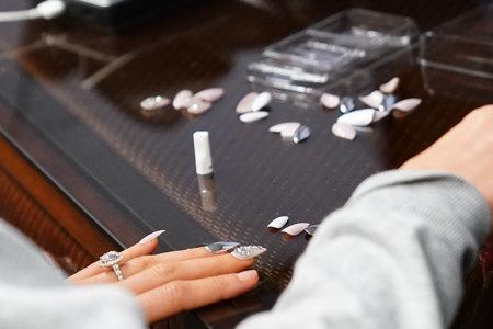 lala kent's vanderpump rules reunion manicure nail art