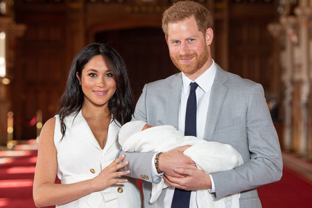 First Pic of Baby Sussex with Meghan Markle and Prince Harry