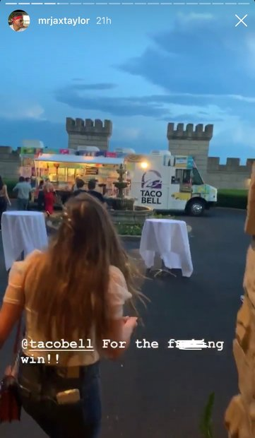 Jax Taylor, Brittany Cartwright Wedding Pictures: Taco Bell Truck