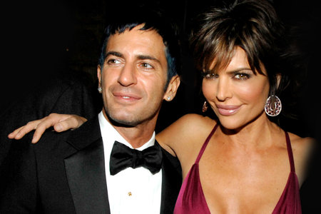buy online 7cd05 58ce8 Lisa Rinna and Marc Jacobs Do Goat Yoga Fitness Together ...