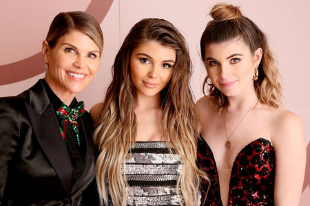 Lori Loughlin with daughters Olivia and Bella