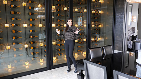 Heather Dubrow S House Has Champagne Wall Dubrow Chateau