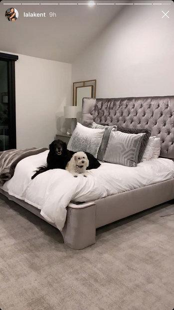 Lala Kent\'s Master Bedroom with Randall Emmett: Photos ...