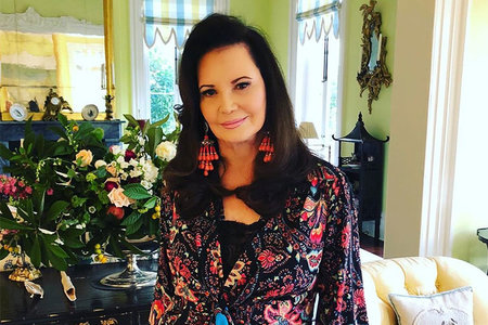 Patricia Altschul Wallpaper House Home