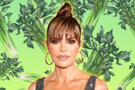 """Lisa Rinna Is Officially """"on the Celery Juice Now"""""""