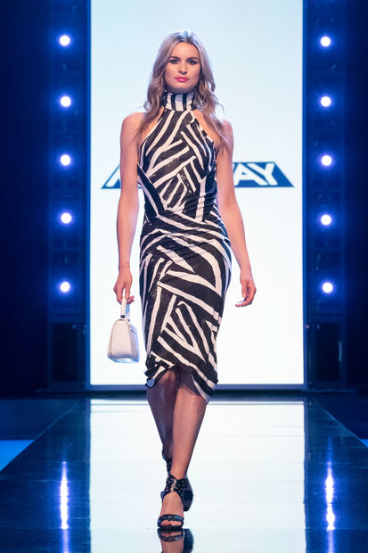 Project Runway 1802 Final Outfit 09