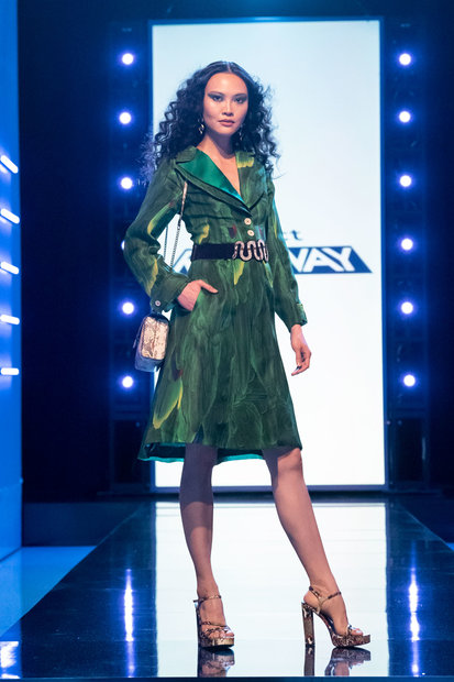 Project Runway 1802 Final Outfit 13