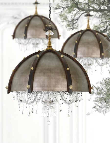 Lisa Vanderpump Chandeliers 2