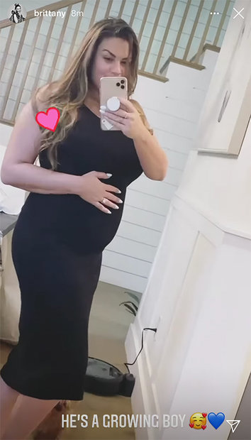 Brittany Cartwright Baby Bump 1
