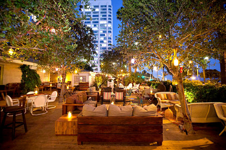 Best Outdoor Bars New York City To Los Angeles And Beyond