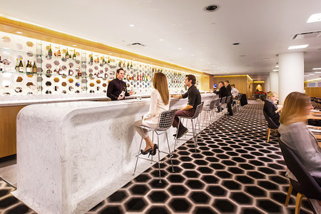 The 9 Best Airport Lounges in America (And How You Can Get In)