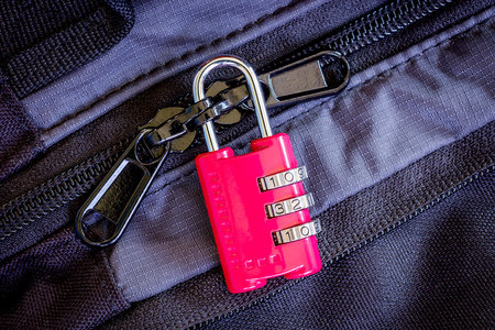087c785df7d5 Should You Lock Your Luggage When You Travel? | JetSet