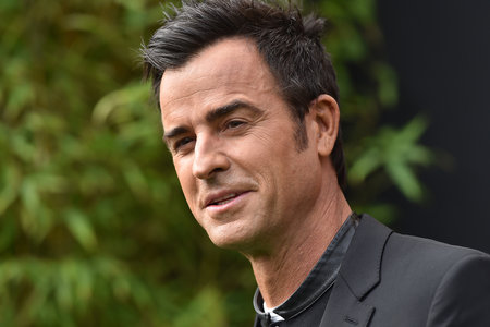 The Rumors Are True: Justin Theroux Steps Out with His New Love