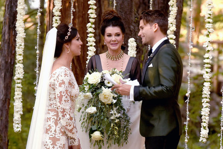 How to Become Ordained Online to Officiate Weddings  The Daily Dish