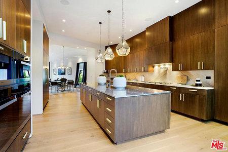 Kylie Jenner And Travis Scott S New 13 4m Beverly Hills Estate