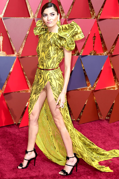 Oscars 2017: Blanca Blanco Had a Wardrobe Malfunction on