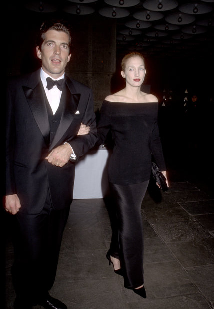 Remembering Carolyn Bessette Kennedy Reluctant Fashion Icon