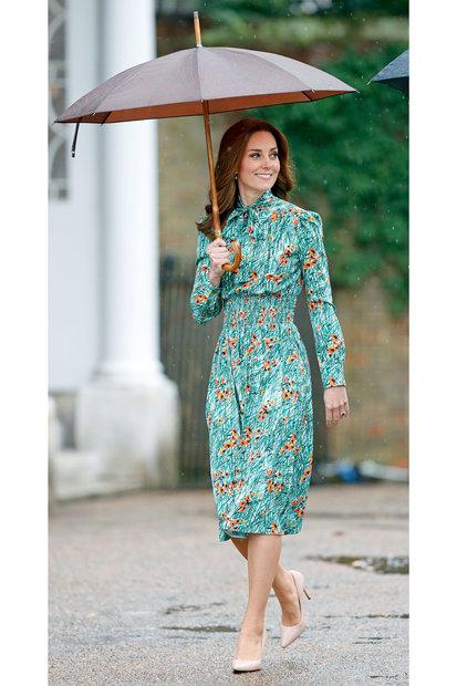 2272125aff5 Kate Middleton s Poppy Dress Princess Diana Hidden Meaning