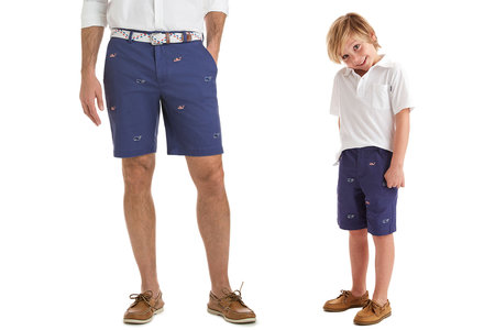 43d4f88bf FOR DAD: Vineyard Vines 9 Inch Flag Whale Embroidered Breaker Shorts