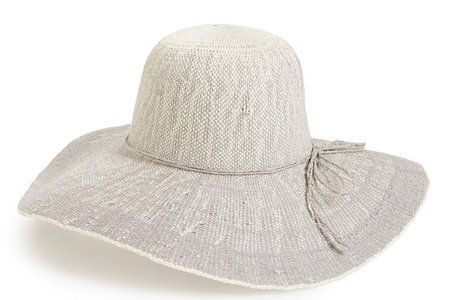 Floppy Straw Sun Hats for Spring Break Vacations | Lookbook