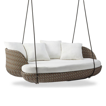 Real Housewives Of Dallas Stephanie Hollman S Daybed Swing Style Living