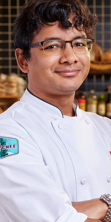 Top Chef Season 18 Bodyshot Avishar Barua