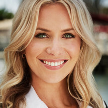 Below Deck Season 8 Headshot Ashling Lorger