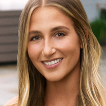 Summer House Season 5 Headshot Amanda Batula