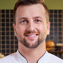Top Chef Season 18 Headshot Gabriel Pascuzzi