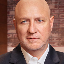 Top Chef Season 18 Headshot Tom Colicchio