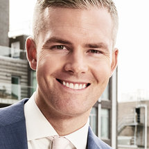 Million Dollar Listing Season 9 Headshot Ryan Serhant