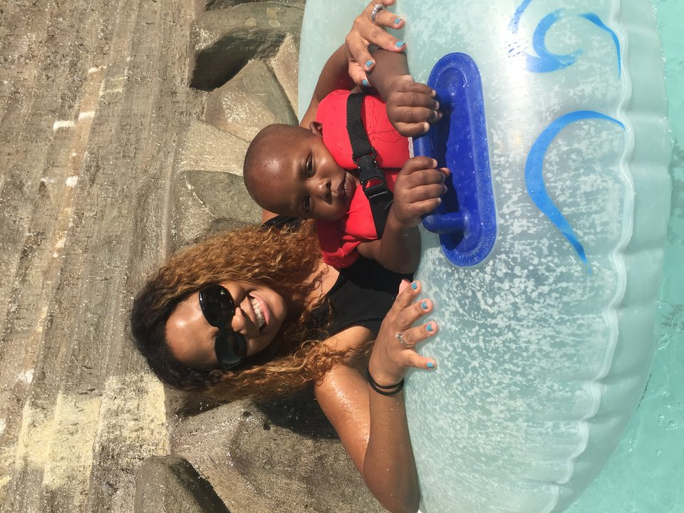 mtmla1_digital_asks_shanique_shanique_and_son_at_pool.jpg