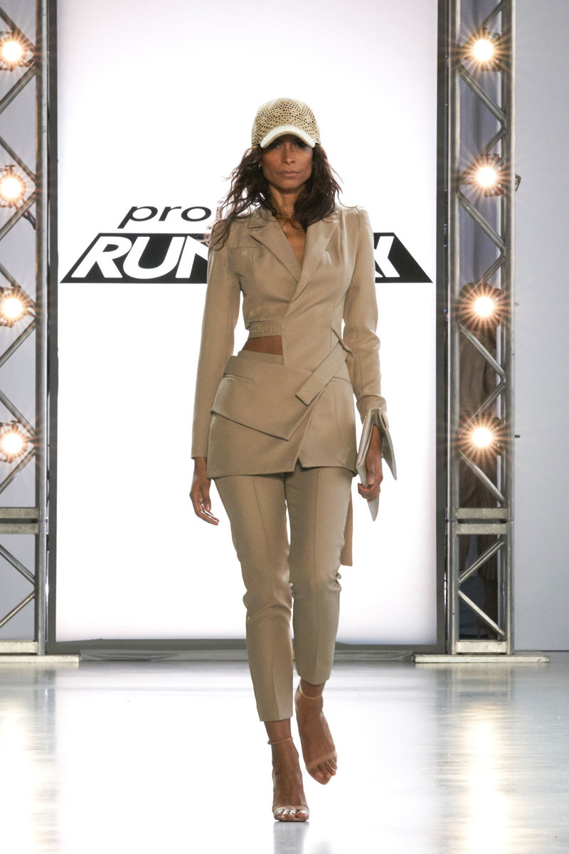 Project Runway 1814 Final Outfit 02