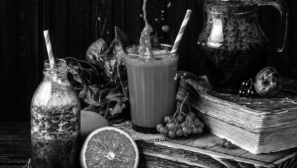 Kim Kardashian Diet: Drinks Celery Juice for Psoriasis   The Feast