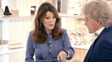 200407 4146228 Lisa Vanderpump Is Ready To Yank Tom Schwart